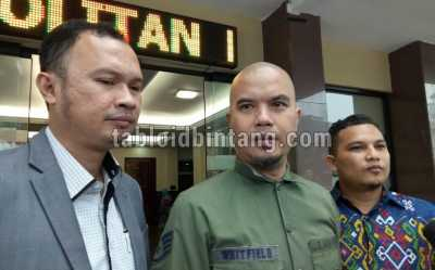 Ahmad Dhani Tak Gentar Penuhi Panggilan Polisi Terkait Cuitan Sarkastis