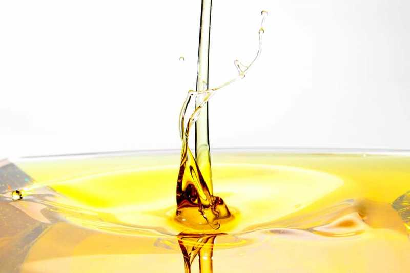 5 Kondisi yang Menyebabkan Air Mani Berwarna Kuning