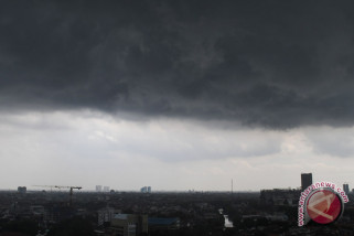Waspadai Hujan Petir di Jawa Barat