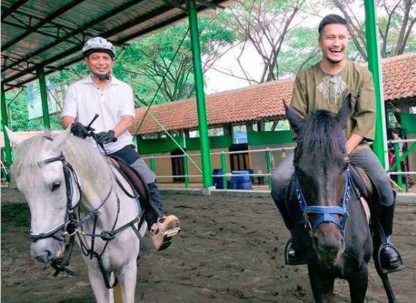 Arie Untung Ungkap Keinginan Berkuda dengan Ustadz Arifin Ilham di Surga