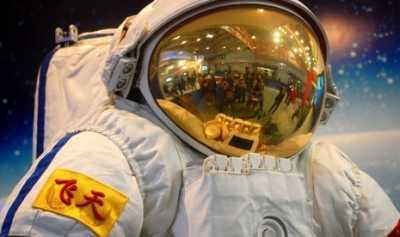 Astronot Kini Bisa Nikmati Roti di Luar Angkasa