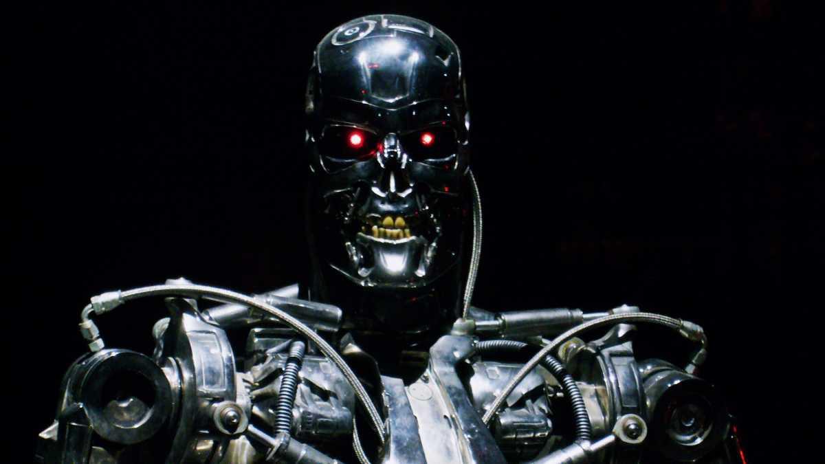 Film Reboot Terminator Akan Saingan dengan 'Frozen 2' dan James Bond