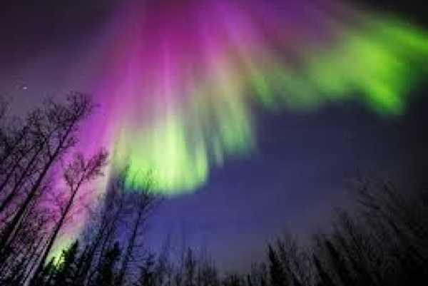 Ilmuwan Selidiki Terjadinya Aurora