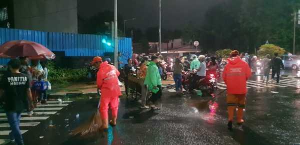 Sampah saat Malam Tahun Baru 2019 di Jakarta Capai 327 Ton