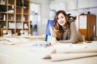 5 Tips Sukses di Pekerjaan Pertama Anda