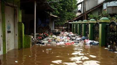 Saat #BanjirJakarta, Twitter Diramaikan Tagar #Ahok & #AniesDimana