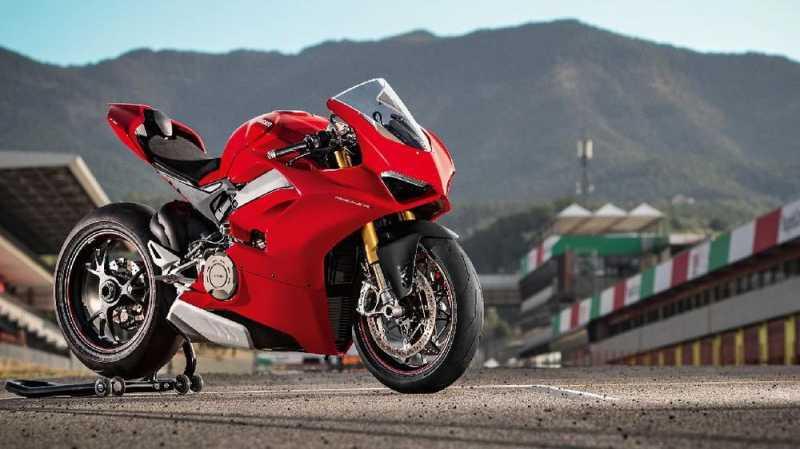 Motor-motor Premium Hampir Setara MotoGP