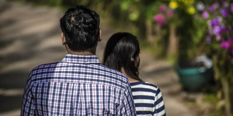 Beberapa Alasan Dilarang Merebut Suami Orang