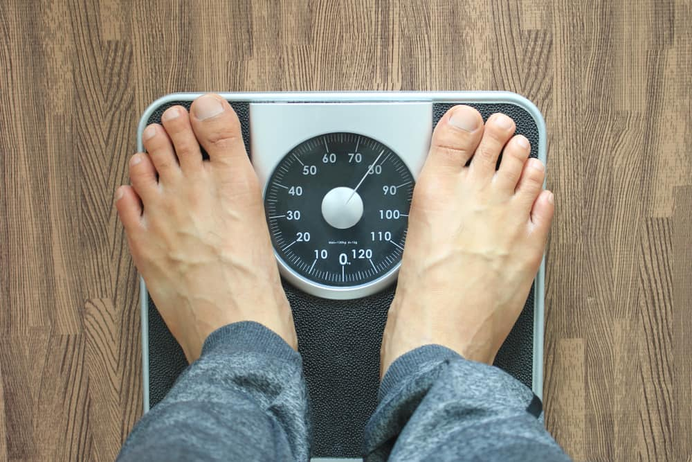 5 Tips Mencegah Kenaikan Berat Badan di Kantor
