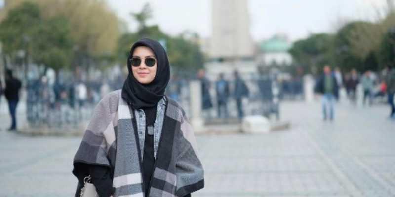 Berhijab, Mantan Raffi Ahmad Ini Makin Fashionable