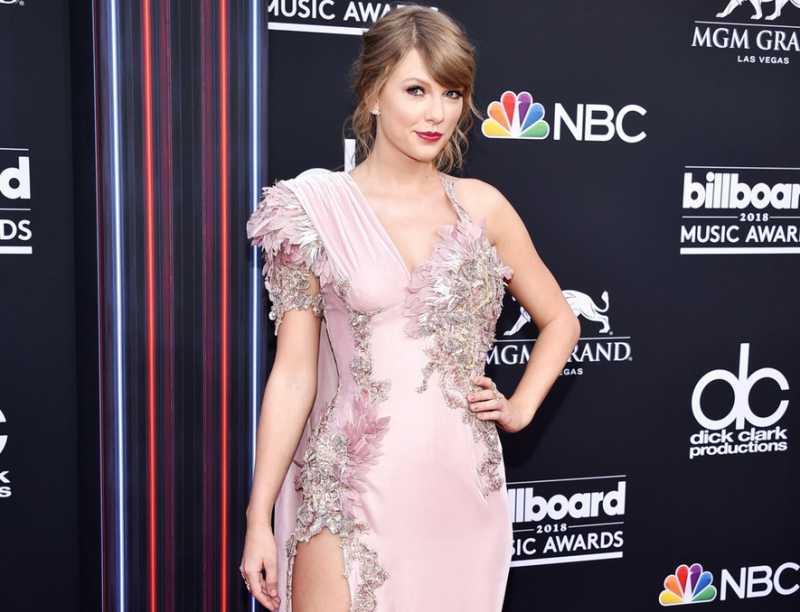 5 Fashion Musisi Terbaik di Billboard Music Awards 2018