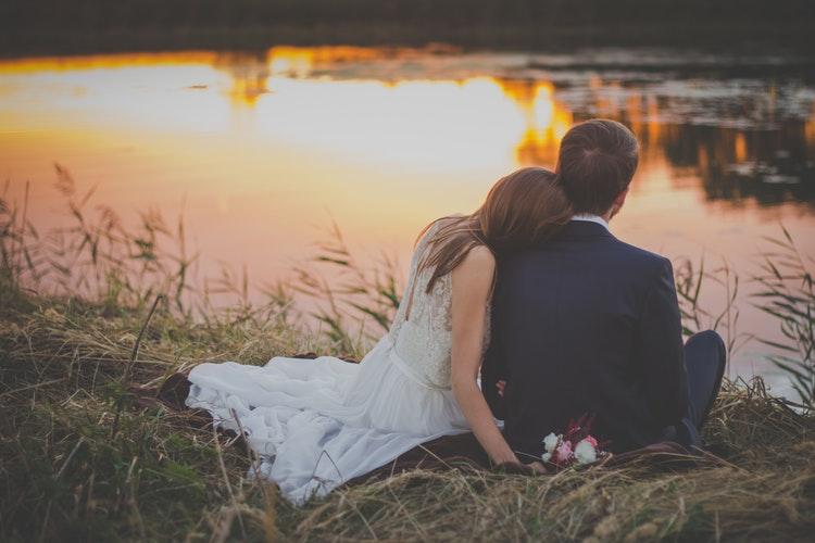 5 Fase Berpacaran yang Biasanya Kamu Alami