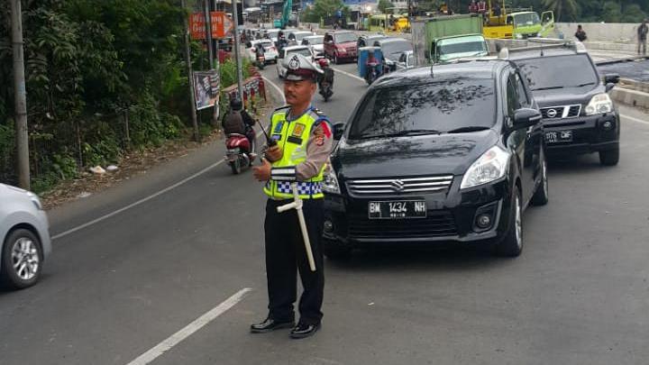 Libur Akhir Pekan, Kemacetan Exit Tol Ciawi Mencapai 3 Kilometer