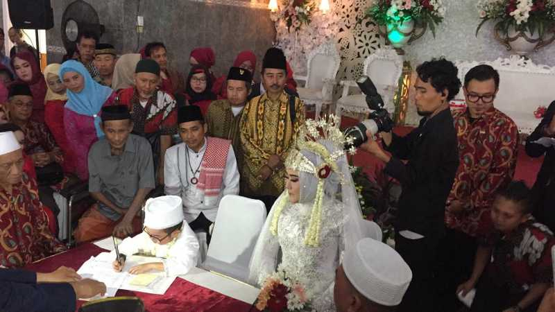 Resmi Menikah, Daus Mini Menangis Usai Ucapkan Ijab Kabul
