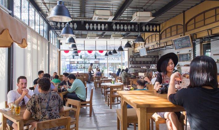 Empat Minuman Murah di Kafe Mahal