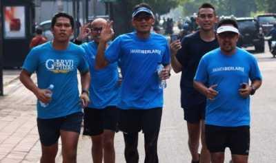 Run to Work Dimulai, Sandi Lari dari Rumah ke Balai Kota