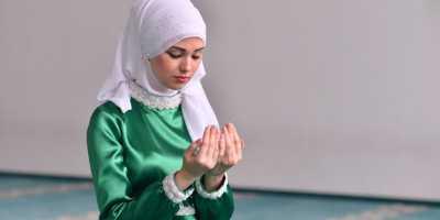 Cara Bikin Wajah Makin Bercahaya Saat Salat Idul Fitri