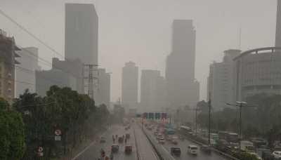 Waspada Hujan Disertai Petir di Jabodetabek Siang Ini