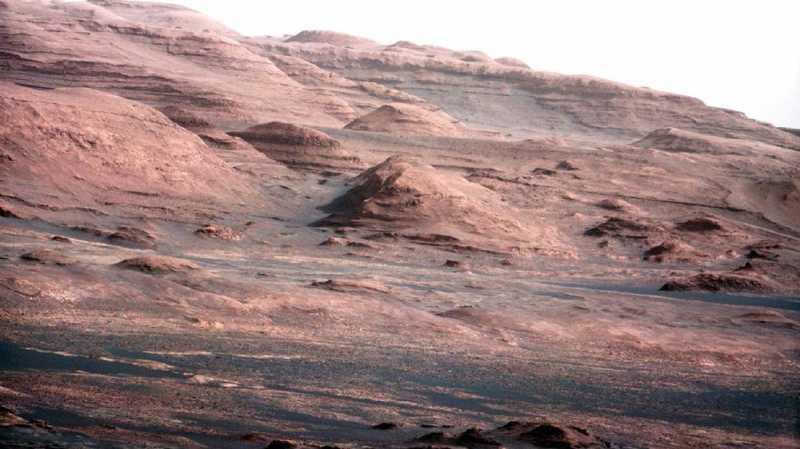 Foto NASA Perkirakan Tak Ada Aliran Air di Mars
