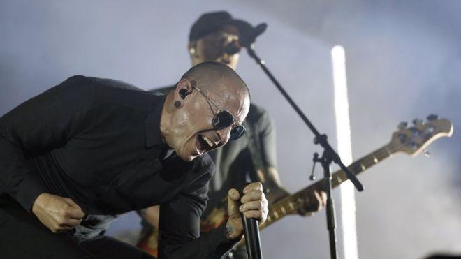 10 Fakta Tentang Kematian Vokalis Linkin Park