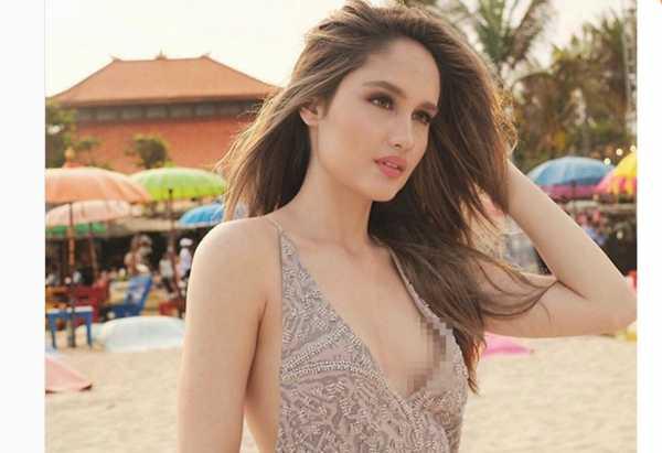 Pose Kenakan Dress Tipis, Cinta Laura Buat Netizen Salah Fokus