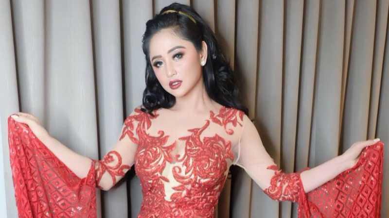 Dewi Persik Memang Dikawal, Tapi Tak Diarahkan ke Jalur TransJ