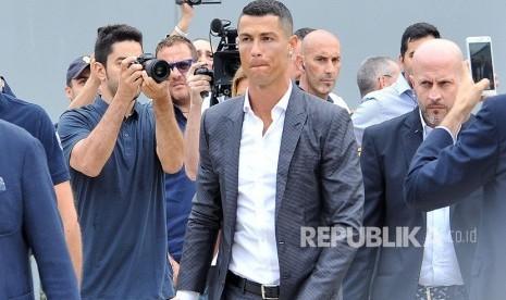 Liburan di Yunani, Ronaldo Tinggalkan Uang Tip Rp 133 Juta
