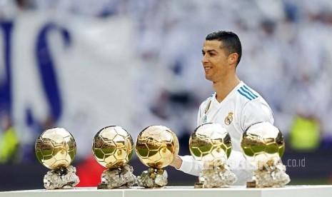 Giggs Bicara Alasan Kepindahan Ronaldo ke Juventus