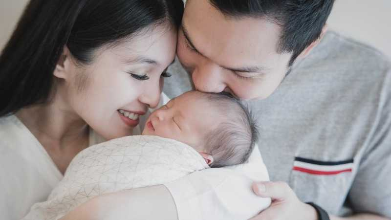 7 Fakta Sebelum dan Sesudah Persalinan Sandra Dewi