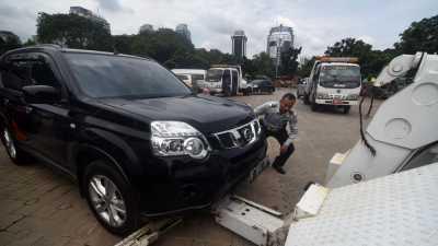 Pemilik Kendaraan di DKI Jakarta Wajib Punya Garasi