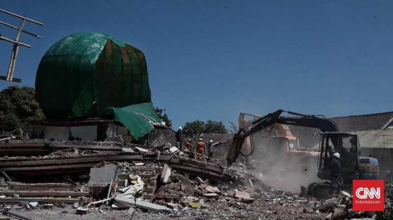 Kesaksian Korban Gempa Lombok Selamat Tertimpa Kubah Masjid