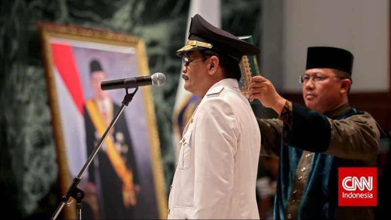 Jokowi Lantik Djarot Jadi Gubernur DKI Jakarta Hari Ini