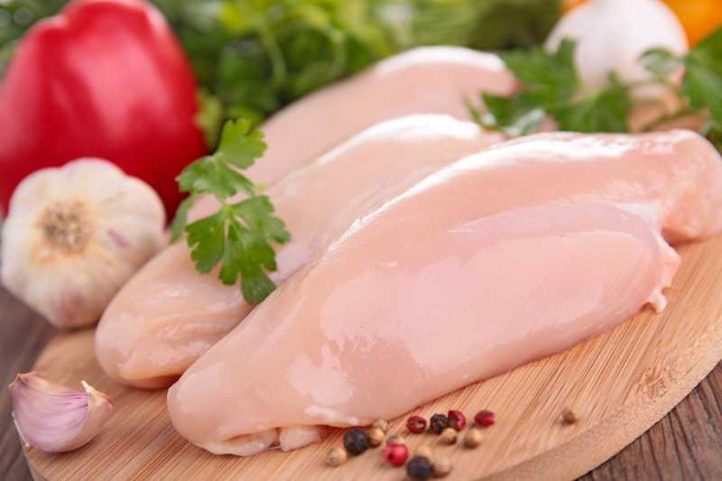 Antara Dada dan Paha Ayam, Mana yang Lebih Banyak Gizinya?