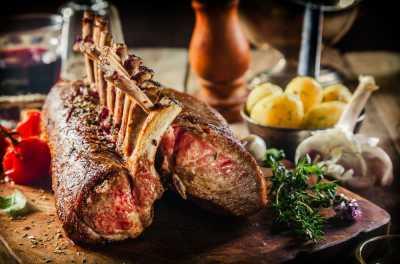 Daging Kambing vs Daging Domba: Mana yang Lebih Sehat?