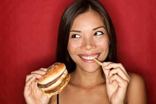 Sering Makan Fast Food? Hati-hati, 3 Bahaya Ini Mengintai Kesehatan Anda