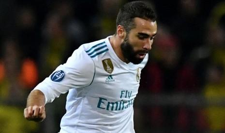 Real Madrid Dikabarkan Capai Kesepakatan dengan Eder Militao