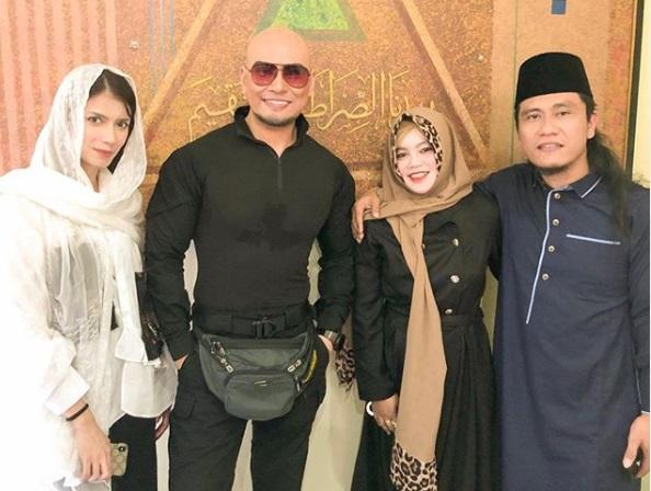 Masuk Islam, Deddy Corbuzier Lebih Tenang Jawab Komentar Negatif Haters