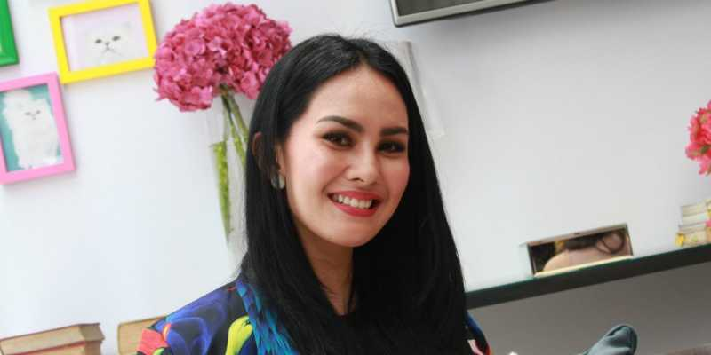 sorong single parents Meet indonesian singles who live alone interested in  i have full time job so financially i am independent and i am a single parent of a 12 years  sorong .