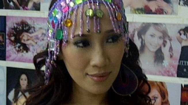 Dewi Sanca Panggil