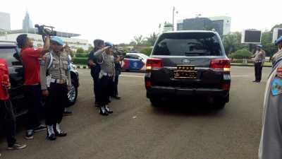 Kapolri Datangi Demo Perppu Ormas di Depan DPR