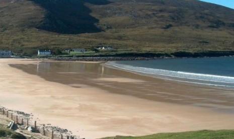 Sempat Hilang, Pantai di Irlandia Timbul Kembali