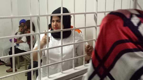 Curhat Dhawiya dari Penjara: Pengin Pulang, Tidur sama Mama