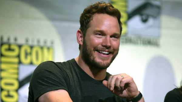 Chris Pratt Dapat Spoiler Jurassic World 2 dari Tom Holland