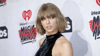 Taylor Swift Dituding Jiplak Lirik 'Shake It Off'