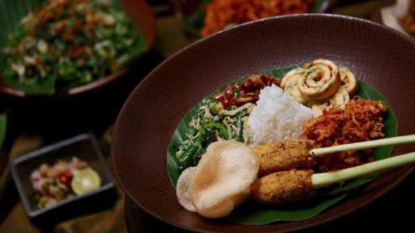 Rekomendasi Tempat Makan Enak dan Khas Bali di Ubud