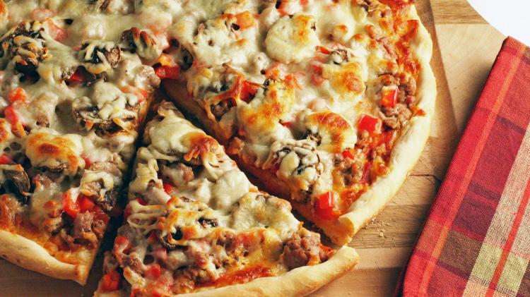 Ini Alasan Kamu Tak Disarankan Menyantap Pizza Sisa Semalam