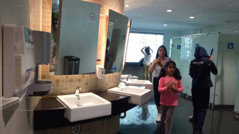 Benda Paling Kotor di Bandara Ternyata Tak Berada di Toilet