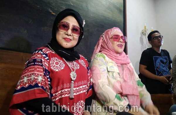 Elvy Sukaesih Buka Suara Terkait Rencana Pernikahan Dhawiya Zaida