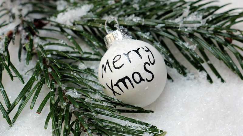 5 Hal yang Bisa Kamu Lakukan Kalau Enggak Pulang Saat Natal