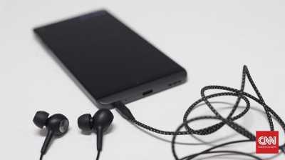 Tips Hemat Baterai Ponsel Selama Mudik